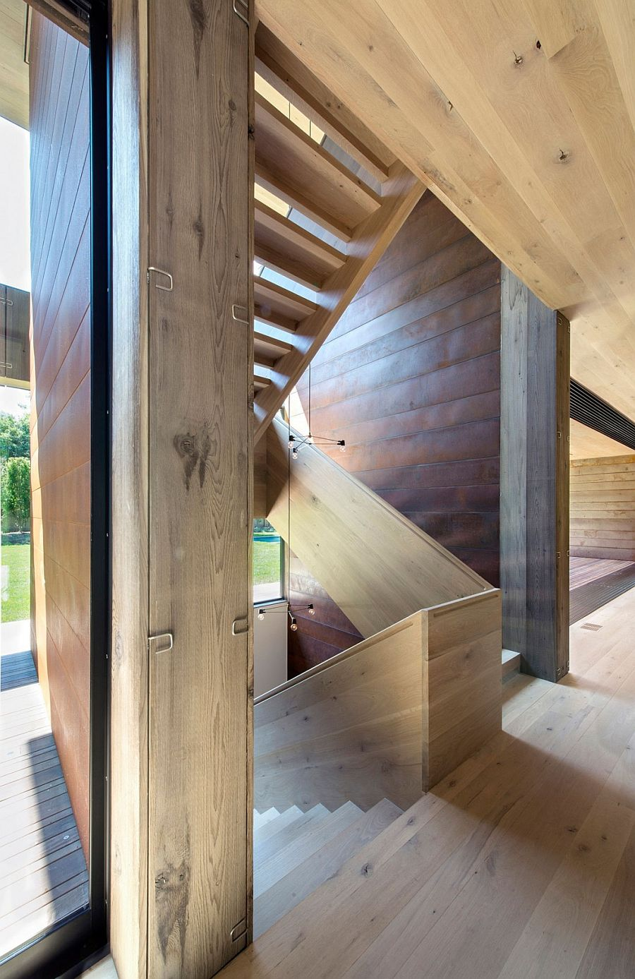 Acoustically designed staircase keeps noise down to a minimum