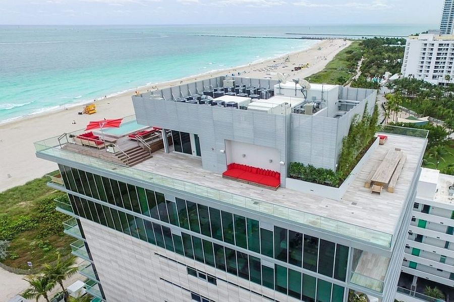 Aerial view of the astonishing penthouse in Miami