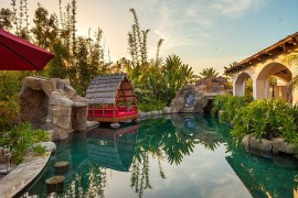 Amazing tropical garden and pool inspired design elements from Bali