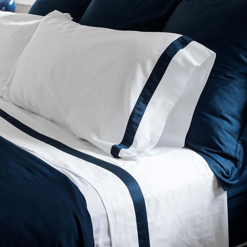Banded organic bedding from Boll & Branch