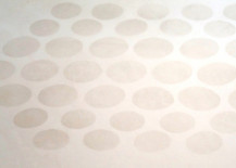 Bathtub anti-slip sticker residue