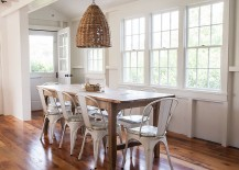 Beach style dining room in white