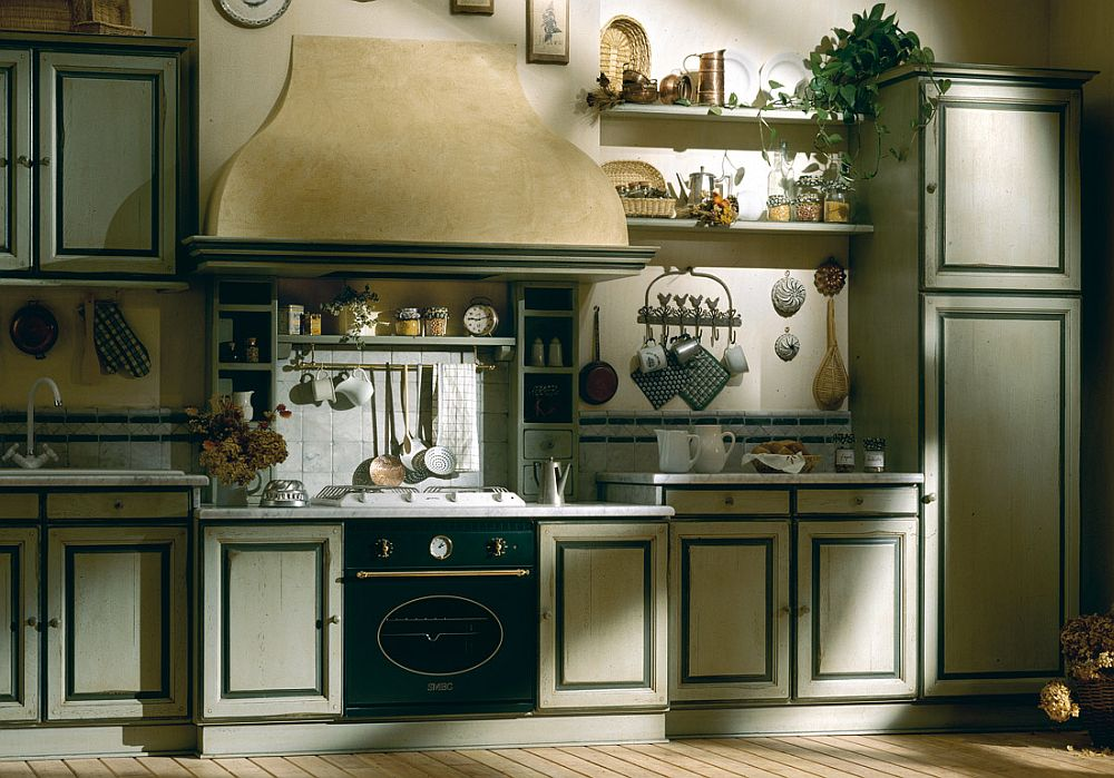 Beautiful stencil border and warm pastel hues create a fabulous and inviting country style kitchen
