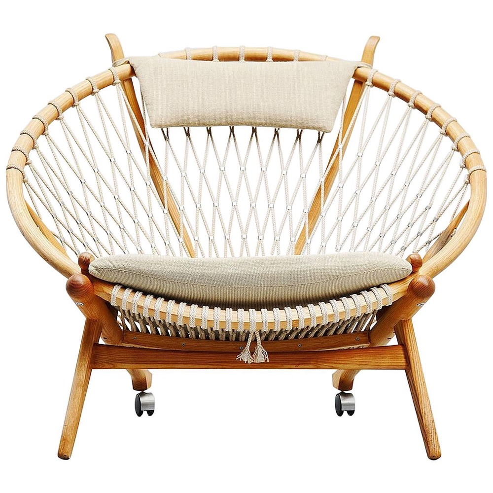 Circle Chair PP130