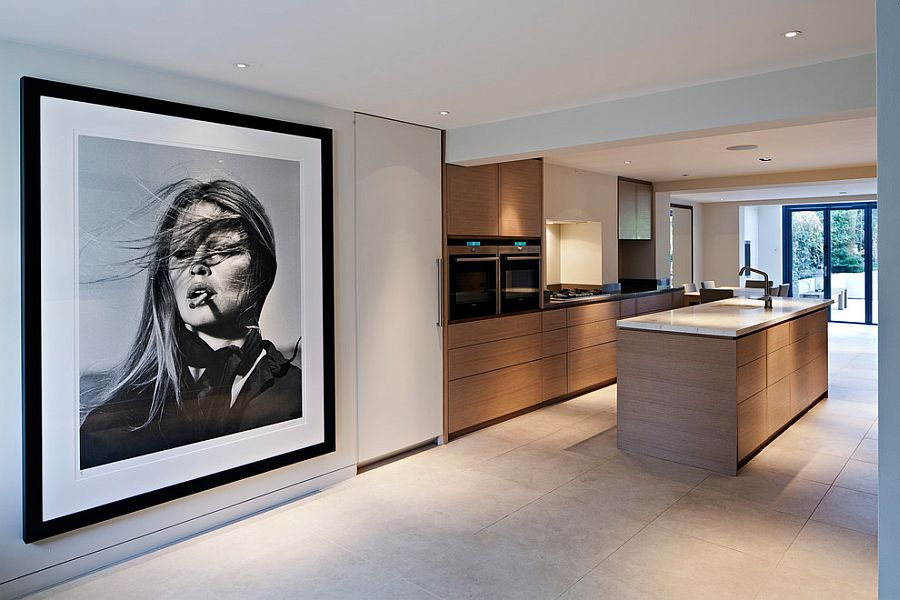 Consider adding a top-notch print of a famous personality you admire! [Design: Maxwell & Company Architects]