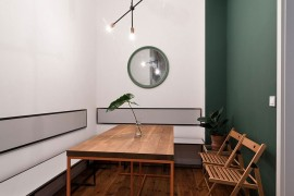 Cozy and elegant dining area of the Student's Apartment in Poznan