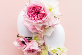 DIY hanging floral arrangement from Paper & Stitch