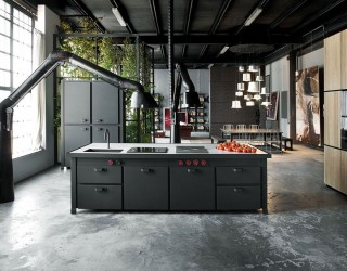 Loft Minacciolo: Cutting-Edge Design Solutions Wrapped in Dark, Dramatic Panache