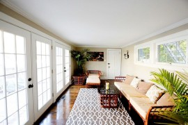 Decor in the sunroom gives it a smart, Asian flavor