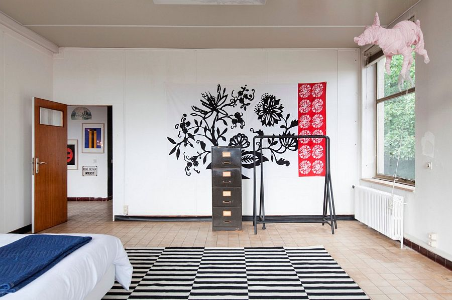 Easy and elegant way to add pattern to the contemporary bedroom