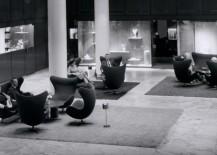 Egg in SAS lobby