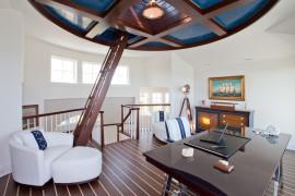 Fabulous beach style home office