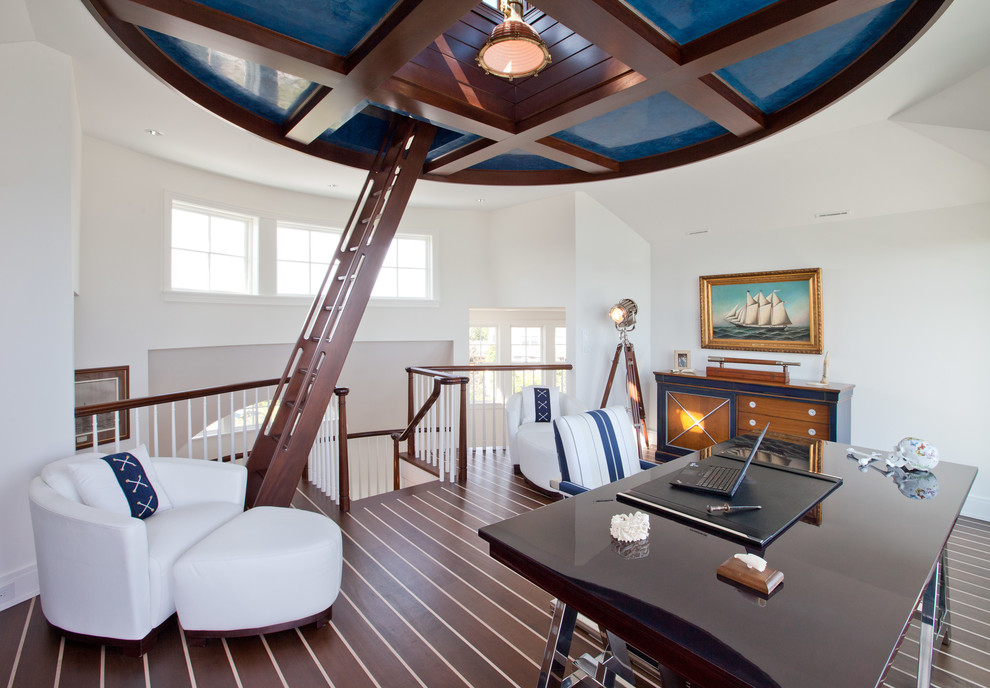 Fabulous beach style home office