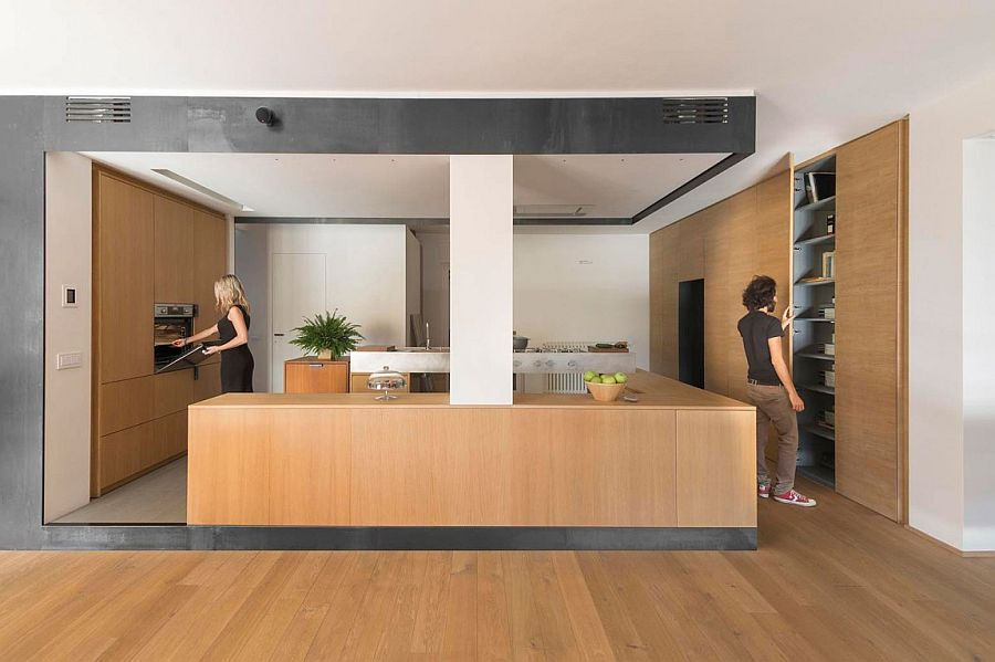 Fabulous space-savvy kitchen design with minimal wooden shelves