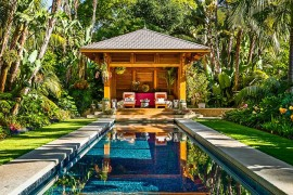 Backyard Paradise: 25 Spectacular Tropical Pool Landscaping Ideas
