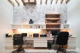 Ingenious home office design combines modern and traditional styles with ease