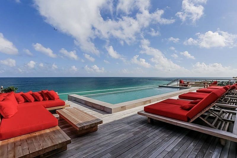 Lavish private rooftop deck with ocean views at the Miami penthouse