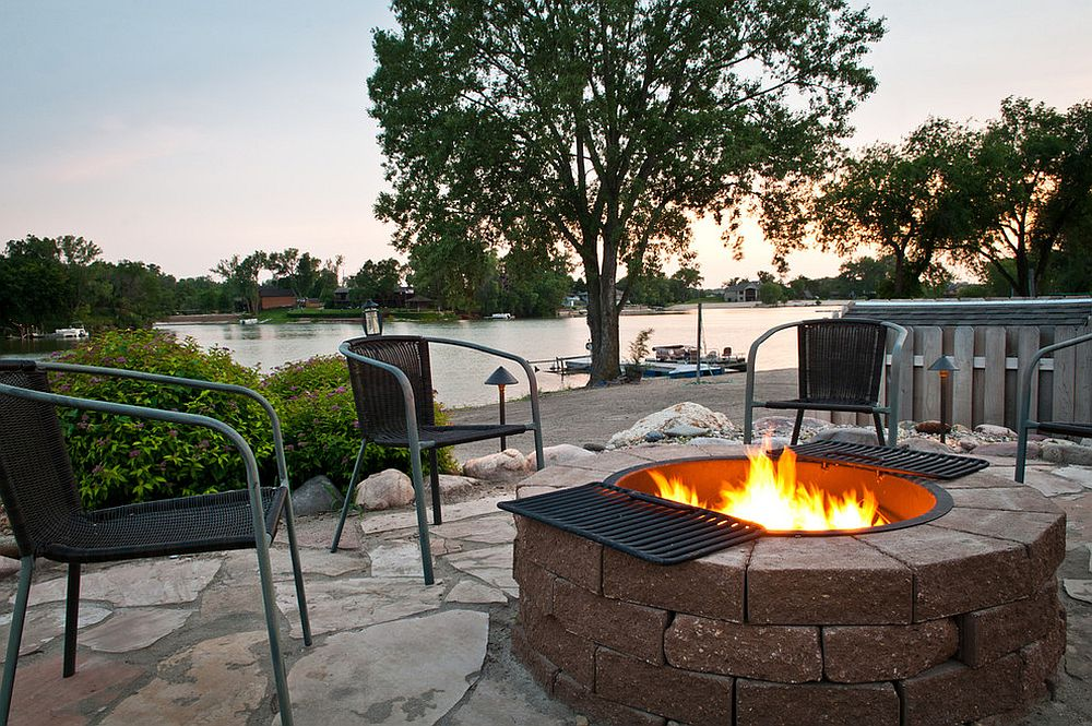 Look to the fire pit for a more versatile and fun option [Design: Sun Valley Landscaping]