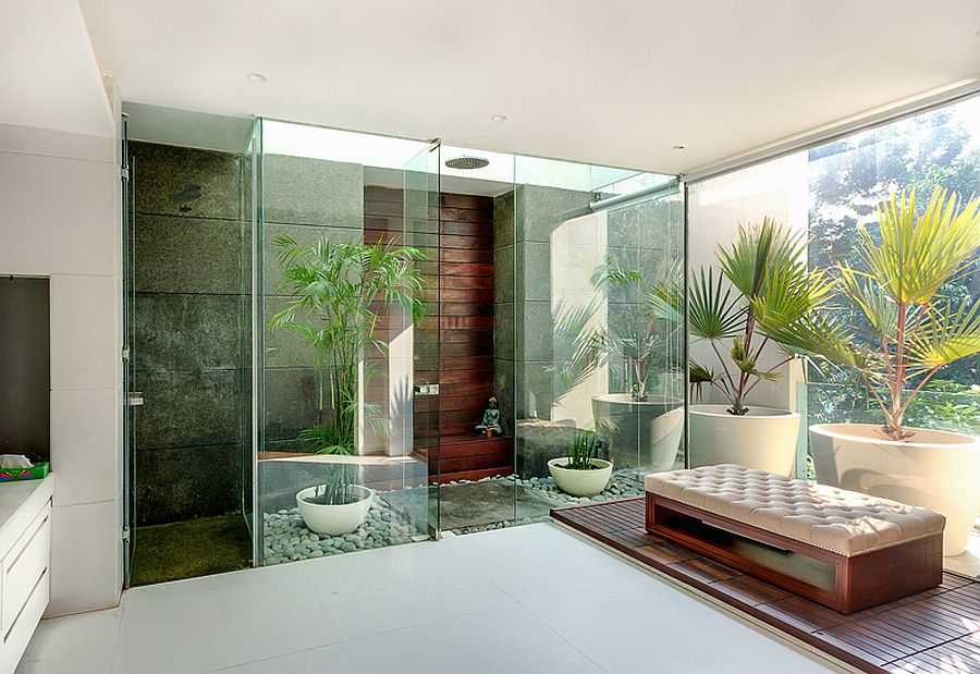 Maste bedroom with glassy green nooks