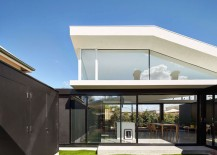 Modern renovation to double fronted cottage in Hawthorn, Australia