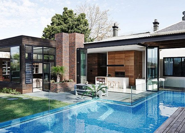 Sophisticated Fusion of Styles Amaze Inside Revamped Victorian Home