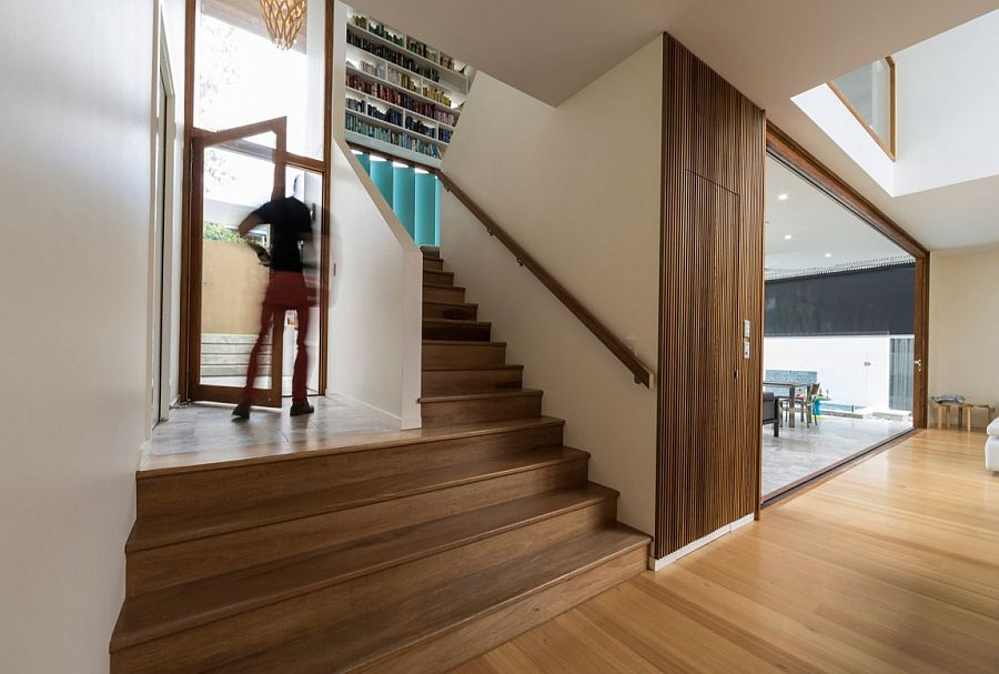 Open and spacious design of contemporary Aussie home by Joe Adsett Architects