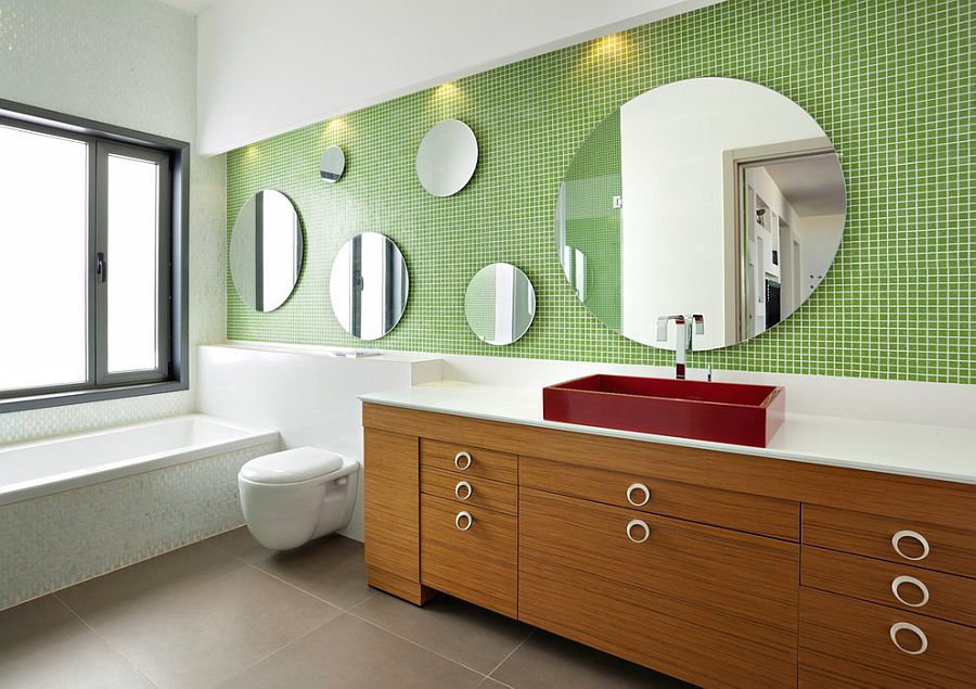 Play with the size of the mirror while keeping the shape constant [Design: Echo Design]