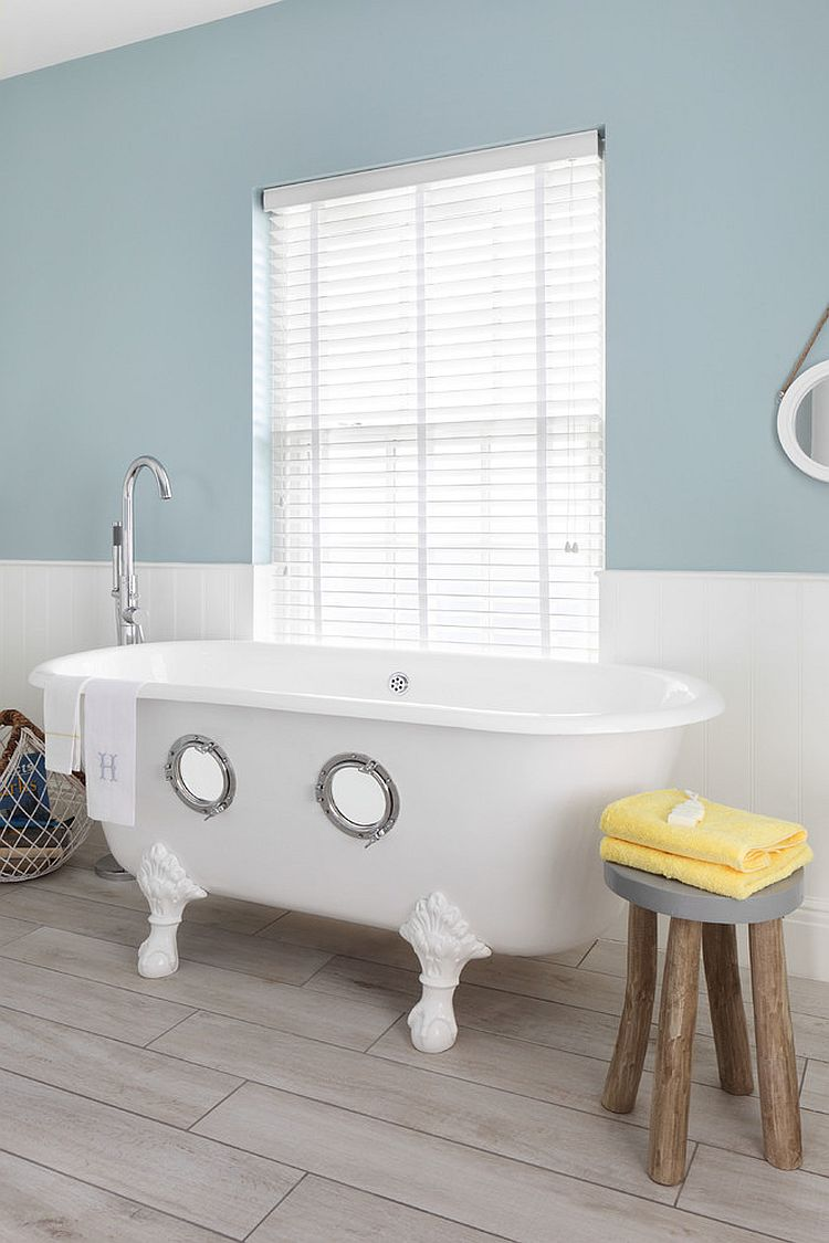Nautical themed bathroom - Trendy Twist To A Timeless Color Scheme Bathrooms In Blue And Yellow Nautical Bathrooms Nautical Decor Bathroom Bathroom