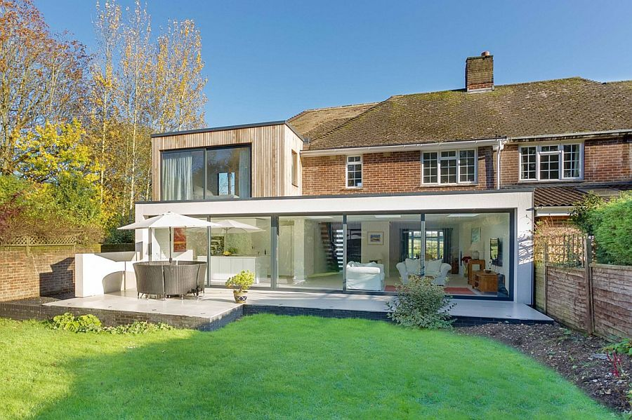 Classic english home with brick fa ade acquires a nifty modern extension - English style window boxes living facades ...