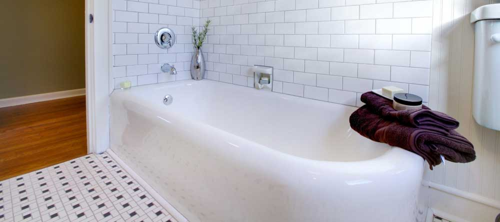 View In Gallery Resurfacing The Bathtub