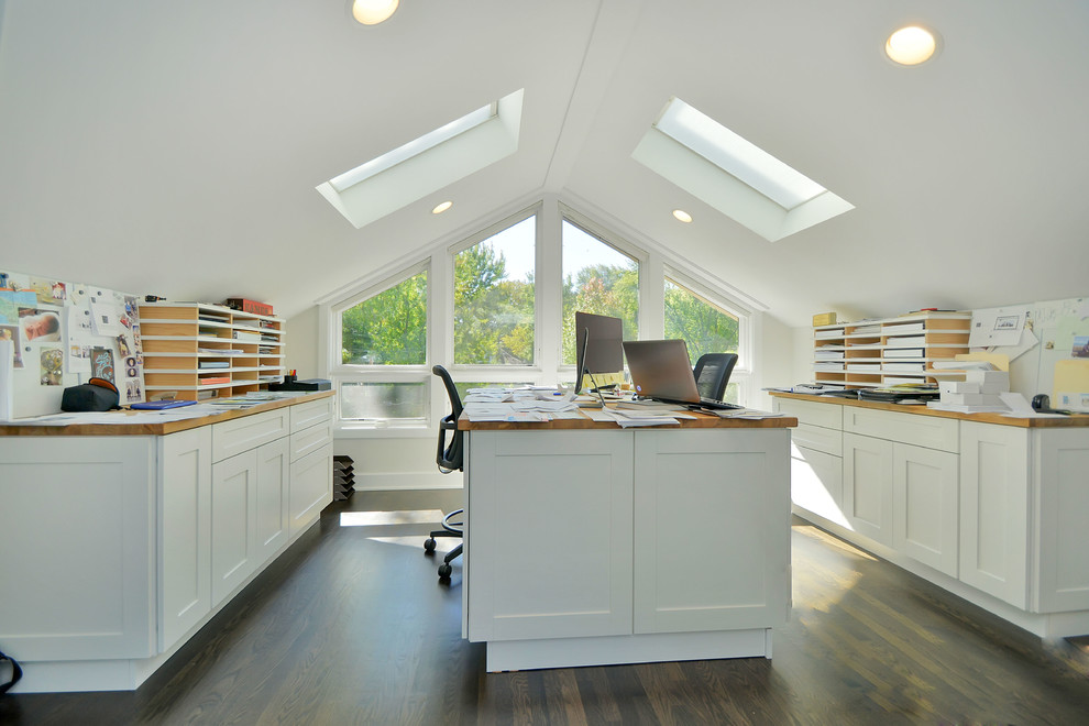 Skylights bring in ample natural light into the home office [From: Signature Properties]