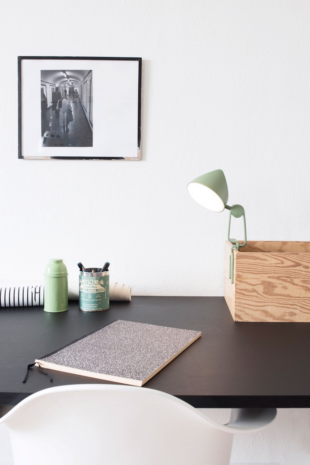 The Snap Lamp by Marie Hesseldahl.