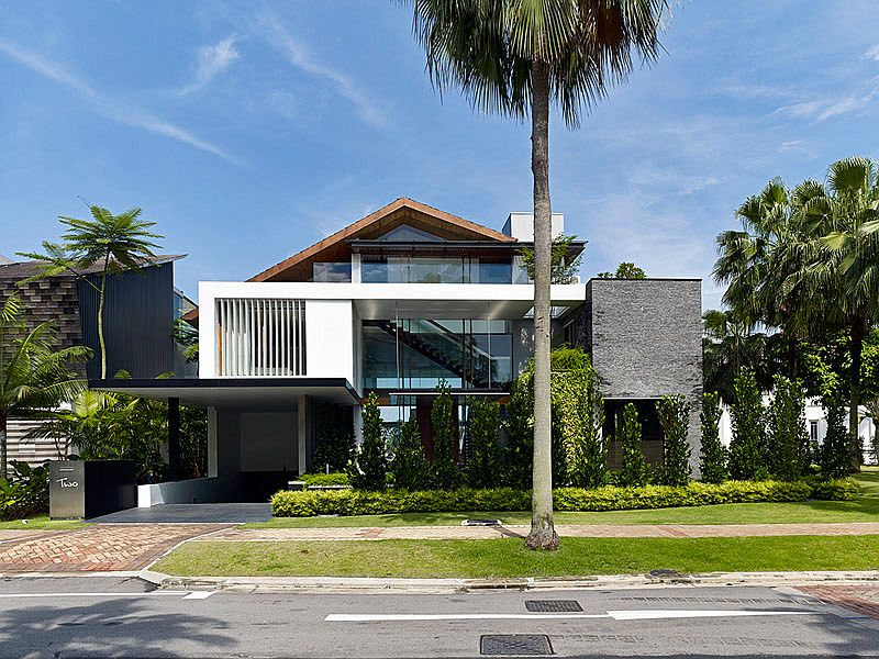 Street facade of the contemporary home in Sentosa Cove