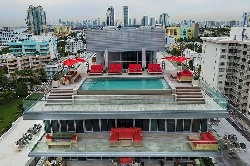 Stunning two-story penthouse with infinity pool and private terrace overlooking Miami Beach