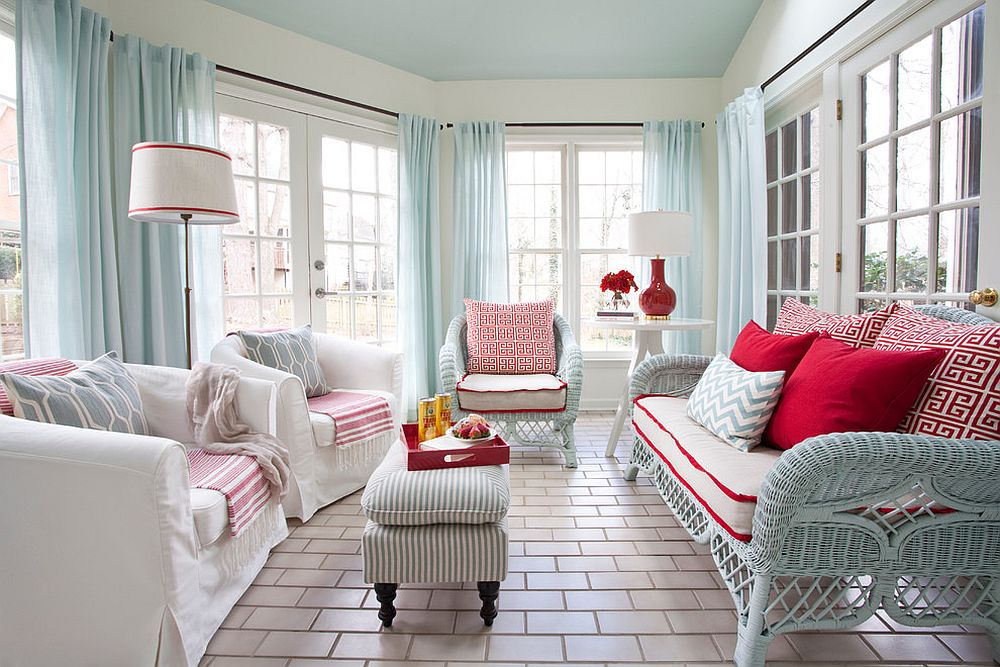25 cheerful and relaxing beach style sunrooms for Sunroom curtains