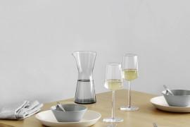 Teema and Kartio with Essence white wine glasses