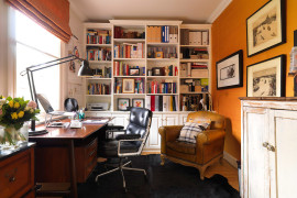 Timeless Lobby Chair by Charles and Ray Eames in the home office
