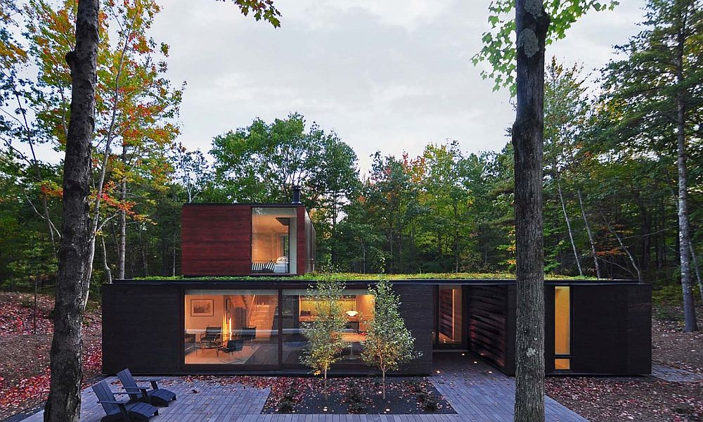 Nifty Modern House In Wisconsin Blends In With Dense Forest Landscape