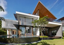 Aquatic Splendor: Enchanting Home Surrounded by Ponds, Pool and a Canal