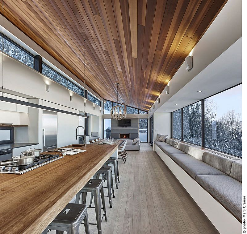Contemporary Weekend Ski Chalet Designed for Fun Family Time