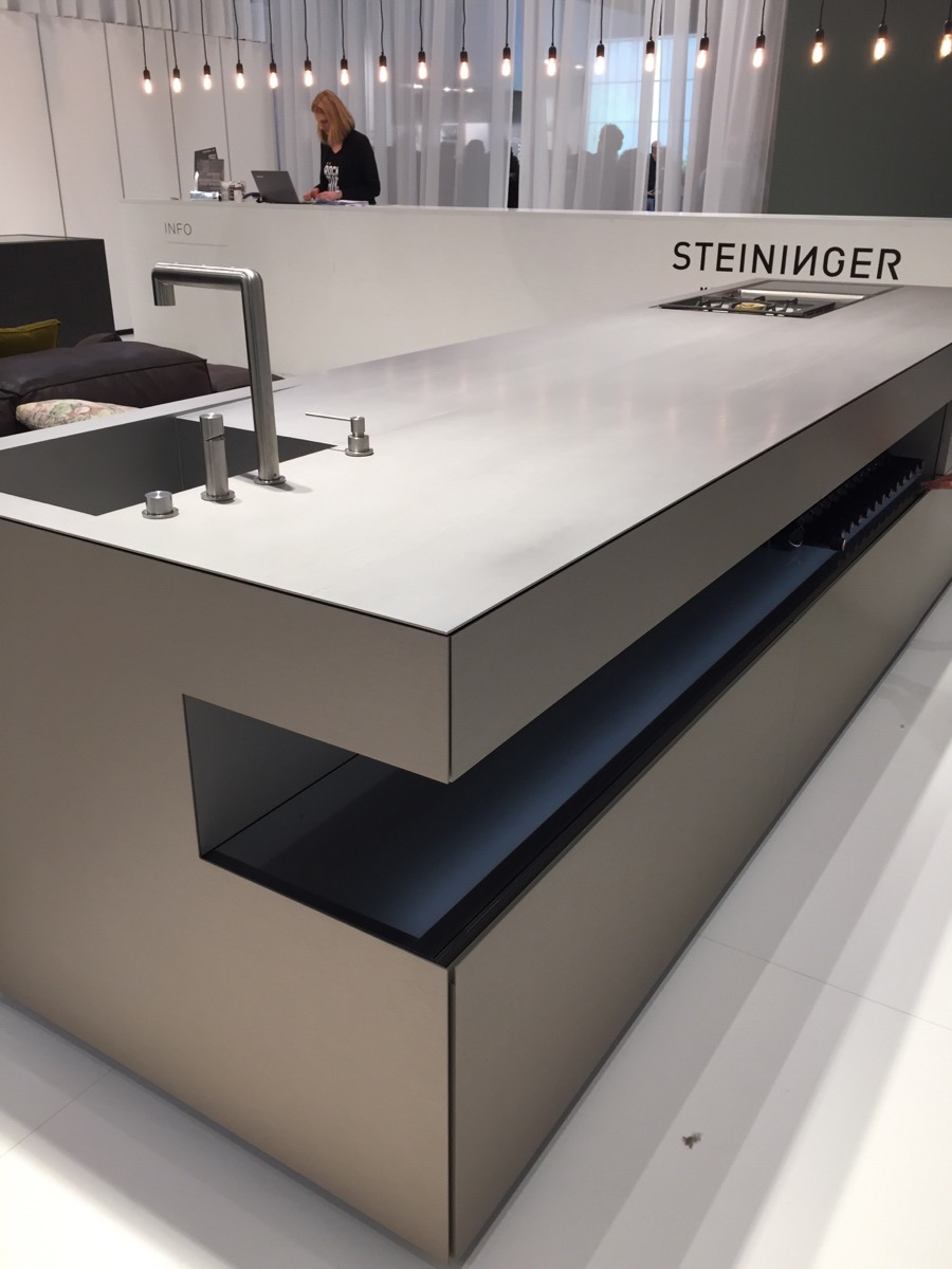 Astounding minimal kitchen island design - Steininger