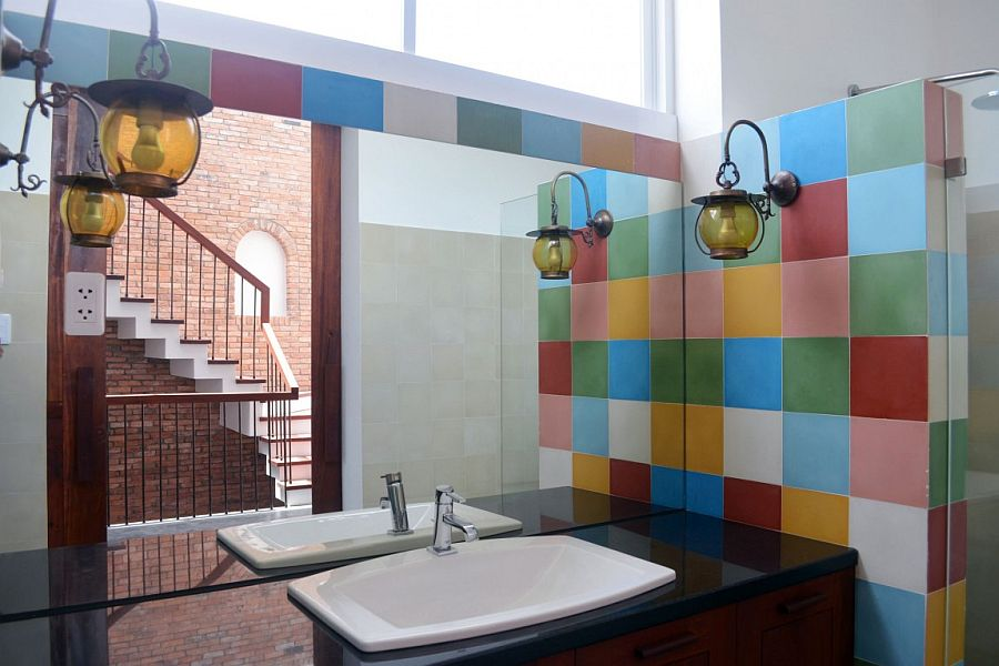 Bright and colorful tiles for the bathroom