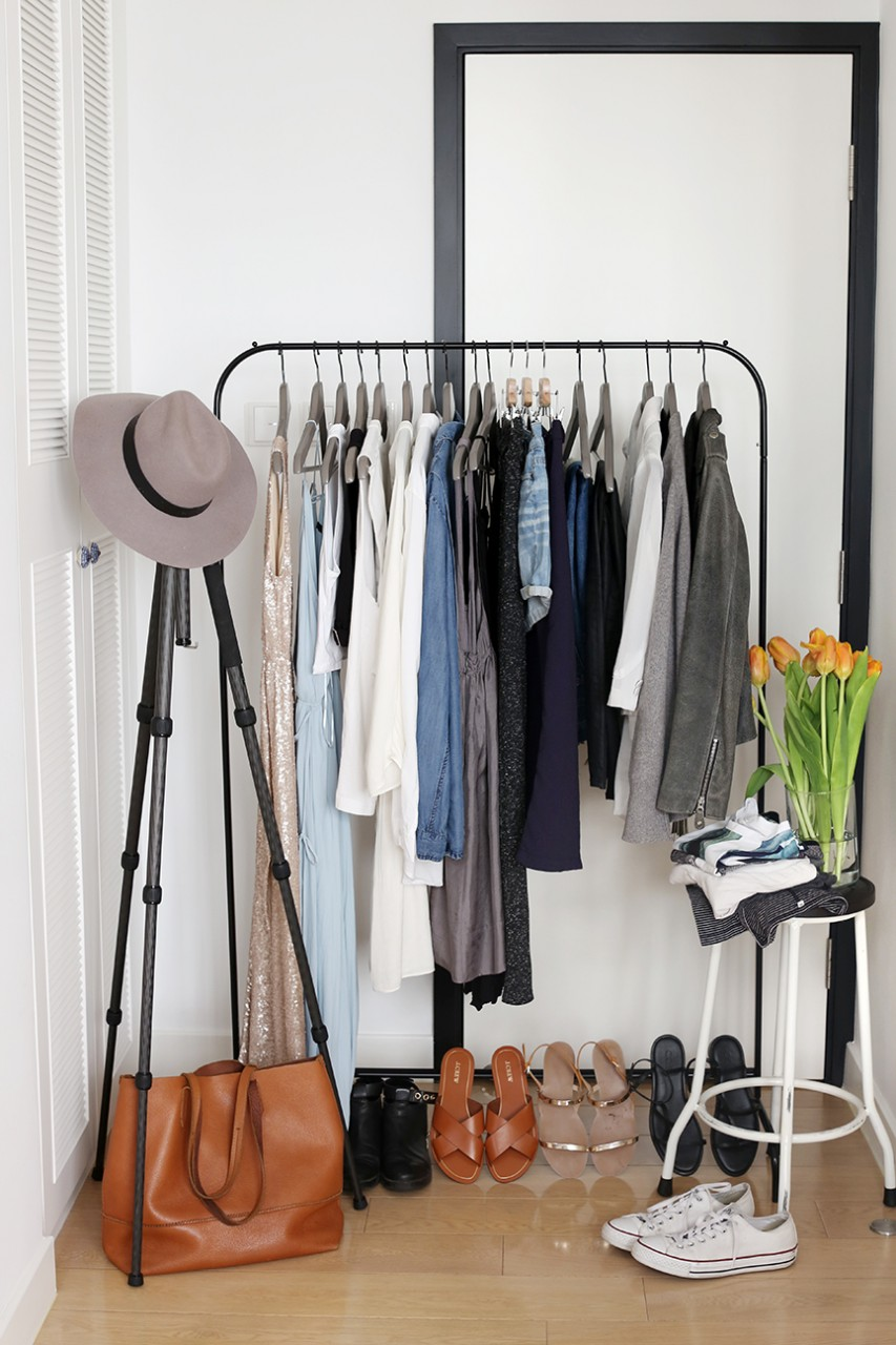 Capsule wardrobe display