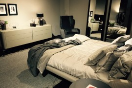 Comfy contemporary bed by Natuzzi at Salone del Mobile 2016