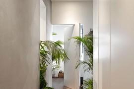 Custom design of modern apartment in Milan