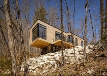 Fabulous Canadian family cottage at Val Des Monts 217x155 Val des Monts: Awesome Family Cottage in Gatineau Hills
