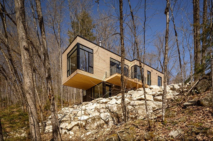 Fabulous Canadian family cottage at Val-Des-Monts