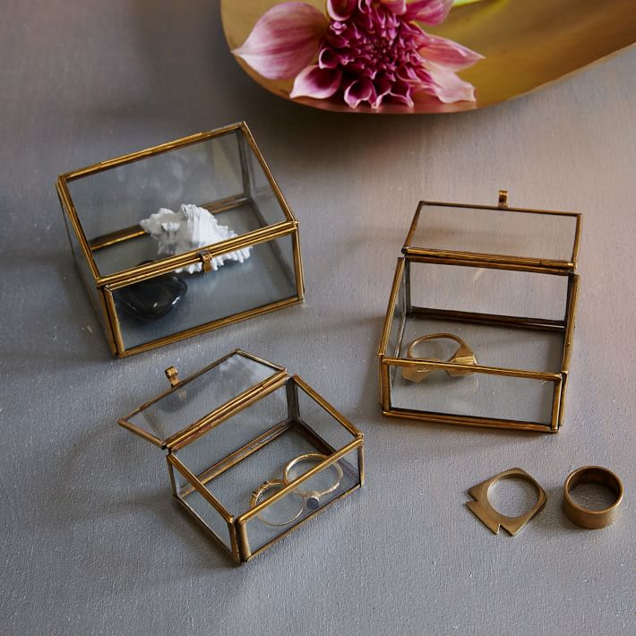 Glass Nesting Boxes : The return of shadow box
