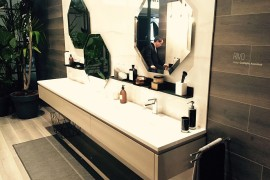Hexagonal bathroom mirrors and floating vanity of Rivo from Scavolini - iSaloni 2016