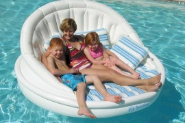 Inflatable pool sofa from Solstice